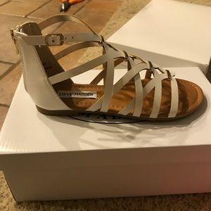 Steve Madden Shoes - Brand New girls Steve Madden Sandals size 2